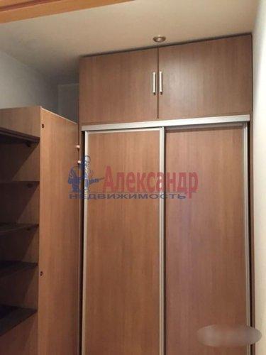 2-комнатная квартира (72м2) на продажу по адресу Науки пр., 63— фото 18 из 18