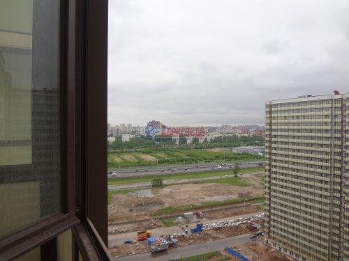 2-комнатная квартира (60м2) на продажу по адресу Мурино пос., Охтинская аллея, 14— фото 15 из 17