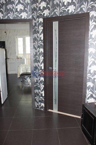 2-комнатная квартира (58м2) на продажу по адресу Шушары пос., Новгородский просп., 10— фото 1 из 16