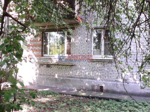 3-комнатная квартира (58м2) на продажу по адресу Петергоф г., Разводная ул., 33— фото 1 из 5