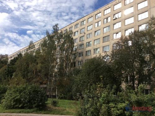2-комнатная квартира (51м2) на продажу по адресу Подвойского ул., 24— фото 1 из 16