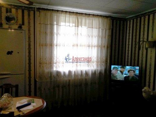 2-комнатная квартира (48м2) на продажу по адресу Кириши г., Мира ул., 4— фото 6 из 8
