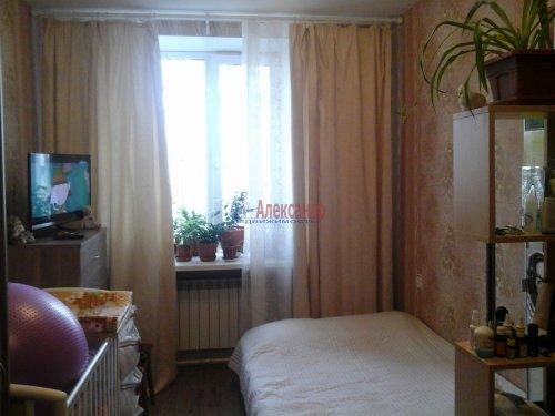 Комната в 3-комнатной квартире (75м2) на продажу по адресу Кузьмоловский пгт., Ленинградское шос., 14— фото 1 из 15