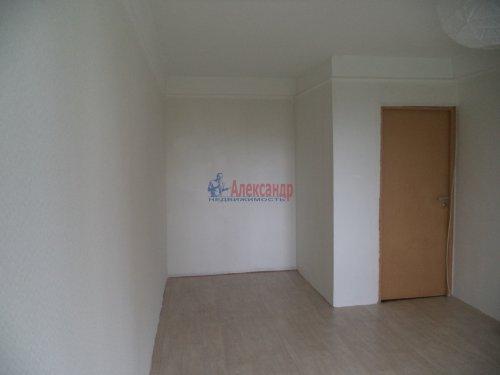 Комната в 2-комнатной квартире (50м2) на продажу по адресу Светлановский просп., 62— фото 2 из 11