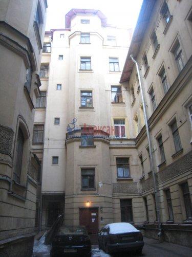 2-комнатная квартира (49м2) на продажу по адресу 18 линия В.О., 9— фото 2 из 9