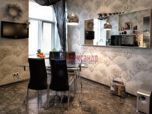 2-комнатная квартира (76м2) на продажу по адресу Марата ул., 67— фото 10 из 14