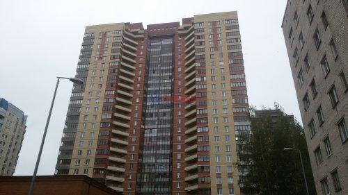 1-комнатная квартира (38м2) на продажу по адресу Брянцева ул., 15— фото 1 из 13