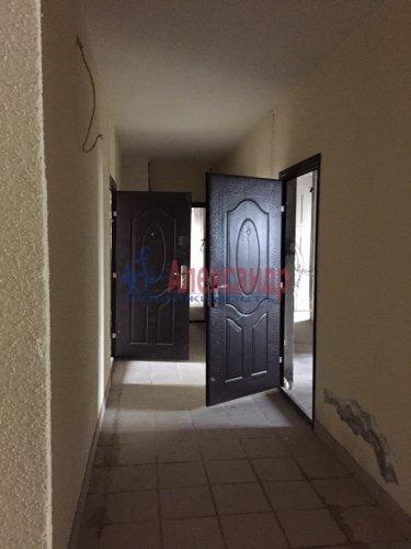 2-комнатная квартира (82м2) на продажу по адресу Береговая ул., 6— фото 4 из 8