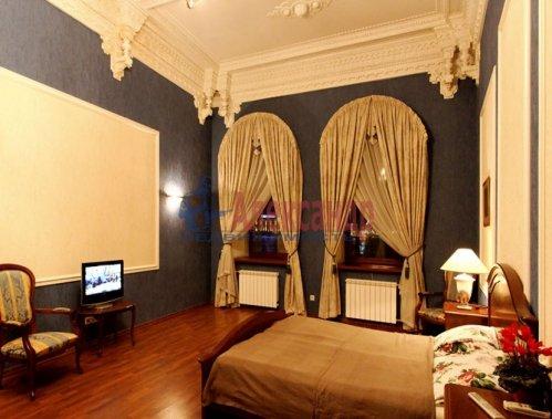 4-комнатная квартира (176м2) на продажу по адресу Кутузова наб., 18— фото 5 из 11