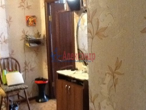 2-комнатная квартира (44м2) на продажу по адресу Коммунар г., Школьная ул., 24— фото 9 из 10