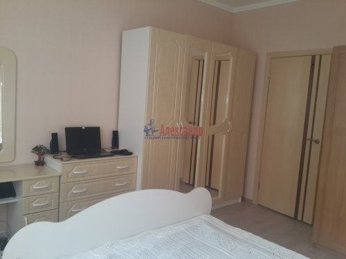 2-комнатная квартира (55м2) на продажу по адресу Катерников ул., 5— фото 7 из 12