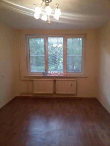 2-комнатная квартира (44м2) на продажу по адресу Руднева ул., 13— фото 3 из 11