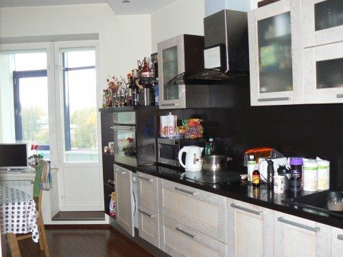 2-комнатная квартира (77м2) на продажу по адресу Тореза пр., 112— фото 4 из 24