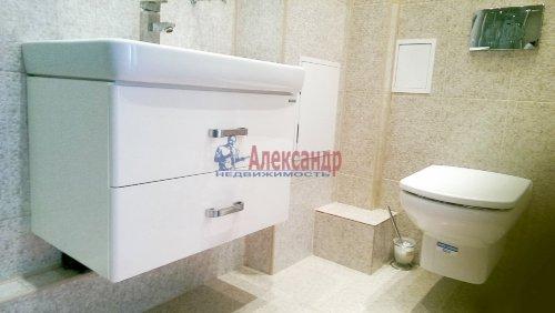 1-комнатная квартира (47м2) на продажу по адресу Комендантский пр., 53— фото 8 из 11