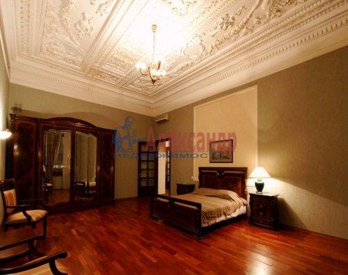 4-комнатная квартира (176м2) на продажу по адресу Кутузова наб., 18— фото 8 из 11