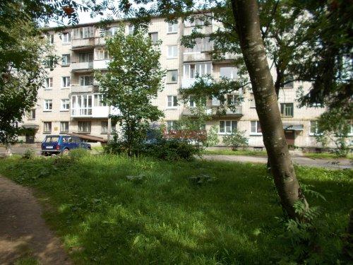 1-комнатная квартира (13м2) на продажу по адресу Тихвин г., 4-й мкр., 13— фото 1 из 1