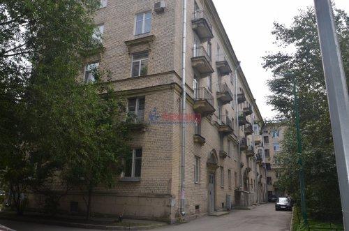 Комната в 4-комнатной квартире (90м2) на продажу по адресу Сестрорецкая ул., 1— фото 6 из 9