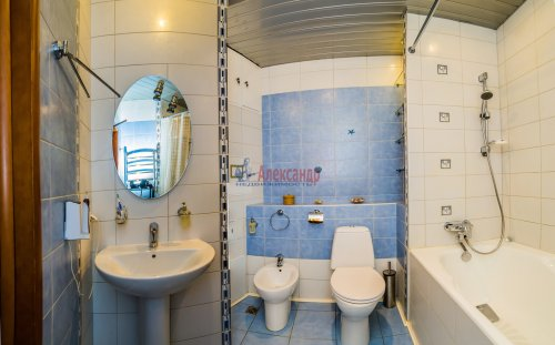 3-комнатная квартира (145м2) на продажу по адресу Коломяжский пр., 20— фото 7 из 33