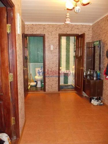 2-комнатная квартира (57м2) на продажу по адресу Летчика Пилютова ул., 13— фото 6 из 12