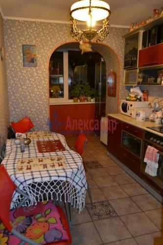 3-комнатная квартира (70м2) на продажу по адресу Художников пр., 13— фото 12 из 18