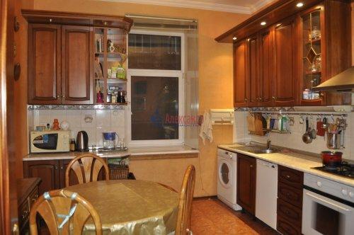 5-комнатная квартира (102м2) на продажу по адресу 4 Советская ул., 13— фото 4 из 10