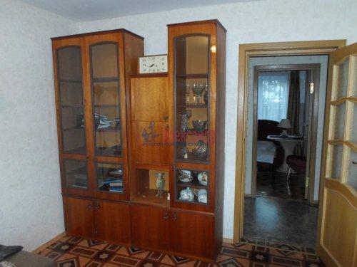 2-комнатная квартира (53м2) на продажу по адресу Коммунар г., Бумажников ул., 3— фото 3 из 9