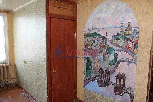 3-комнатная квартира (42м2) на продажу по адресу Свердлова пгт., Микрорайон №2 р-н, 50— фото 12 из 23