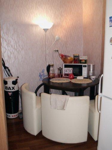 Комната в 3-комнатной квартире (69м2) на продажу по адресу Ткачей ул., 46— фото 4 из 13