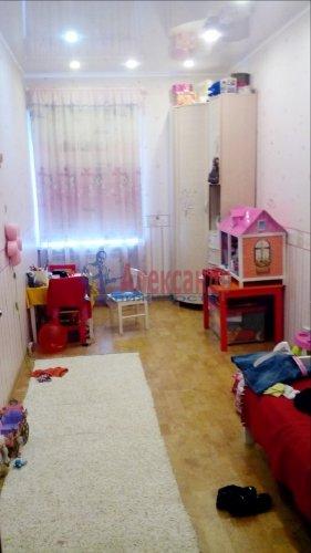3-комнатная квартира (68м2) на продажу по адресу Выборг г., Петровская пл.— фото 1 из 5