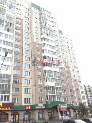 3-комнатная квартира (90м2) на продажу по адресу Комендантский пр., 16— фото 1 из 11