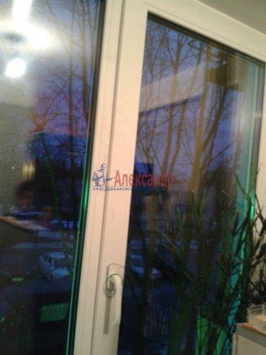 3-комнатная квартира (61м2) на продажу по адресу Лопухинка дер., 1— фото 1 из 14