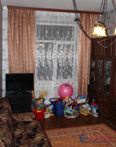 4-комнатная квартира (93м2) на продажу по адресу Полярников ул., 5— фото 12 из 16