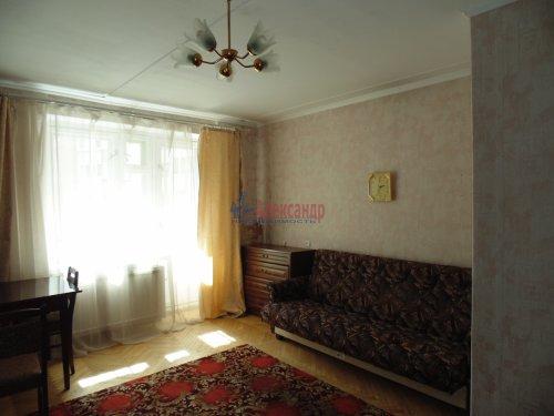 1-комнатная квартира (37м2) на продажу по адресу Художников пр., 9— фото 2 из 11