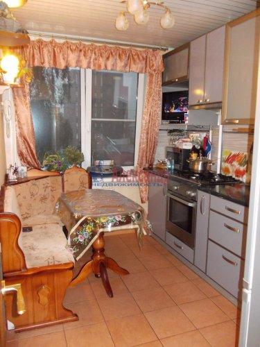 2-комнатная квартира (57м2) на продажу по адресу Летчика Пилютова ул., 13— фото 3 из 12