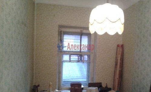 Комната в 6-комнатной квартире (70м2) на продажу по адресу Пасторова ул., 4— фото 5 из 11