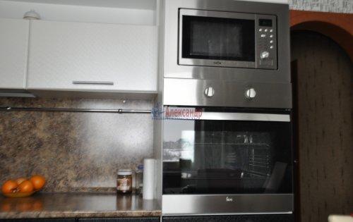 2-комнатная квартира (53м2) на продажу по адресу Петергоф г., Ропшинское шос., 3— фото 11 из 16