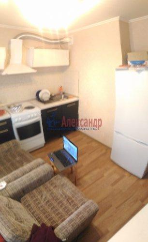1-комнатная квартира (32м2) на продажу по адресу Мурино пос., Оборонная ул., 2— фото 11 из 19