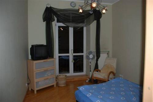 3-комнатная квартира (101м2) на продажу по адресу Чернышевского пл., 8— фото 4 из 7