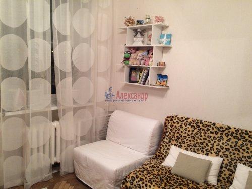 Комната в 3-комнатной квартире (71м2) на продажу по адресу Белоусова ул., 22— фото 2 из 9
