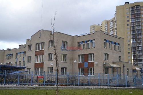 3-комнатная квартира (77м2) на продажу по адресу Маршала Казакова ул., 44— фото 31 из 37