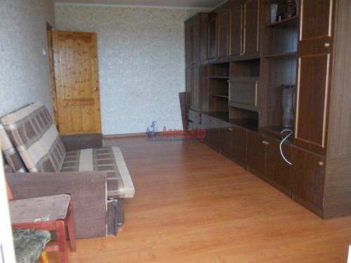 1-комнатная квартира (31м2) на продажу по адресу Оржицы дер., 25— фото 1 из 7