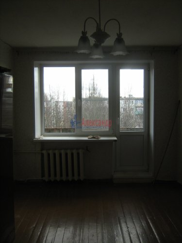 1-комнатная квартира (29м2) на продажу по адресу Глажево пос., 4— фото 2 из 10
