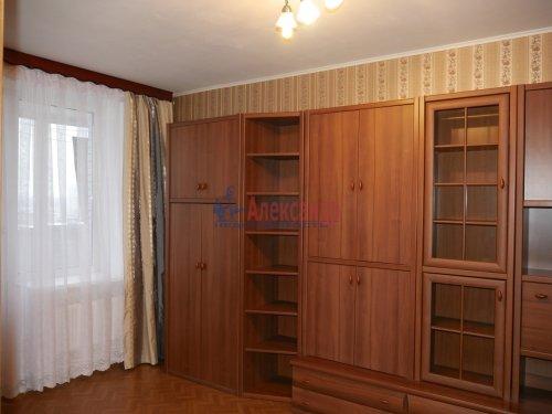 1-комнатная квартира (40м2) на продажу по адресу Всеволожск г., Александровская ул., 79— фото 2 из 9
