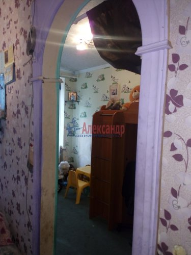5-комнатная квартира (91м2) на продажу по адресу Танкиста Хрустицкого ул., 116— фото 4 из 6