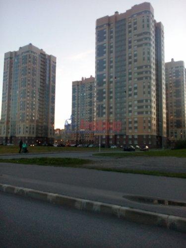 2-комнатная квартира (59м2) на продажу по адресу Яхтенная ул., 30— фото 1 из 13