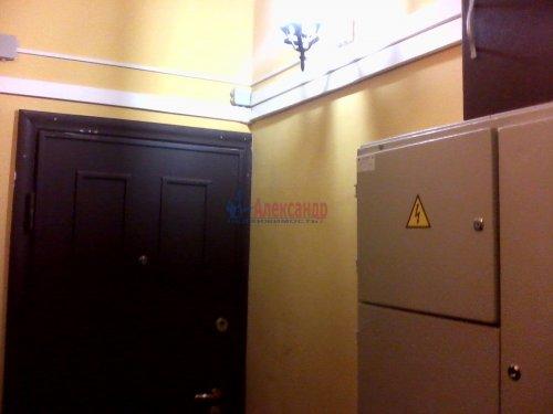 2-комнатная квартира (57м2) на продажу по адресу Новаторов бул., 49— фото 3 из 5