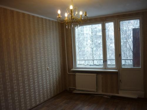 2-комнатная квартира (45м2) на продажу по адресу Ярослава Гашека ул., 10— фото 4 из 15