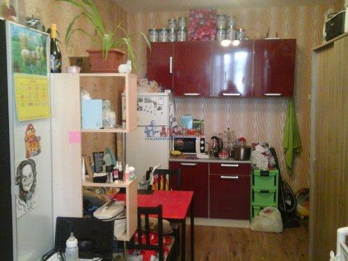 Комната в 3-комнатной квартире (75м2) на продажу по адресу Кузьмоловский пгт., Ленинградское шос., 14— фото 9 из 15