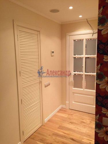2-комнатная квартира (69м2) на продажу по адресу Шуваловский пр., 41— фото 9 из 28