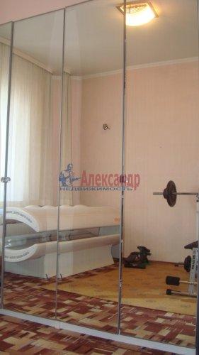 4-комнатная квартира (117м2) на продажу по адресу Кузнецова пр., 22— фото 4 из 21